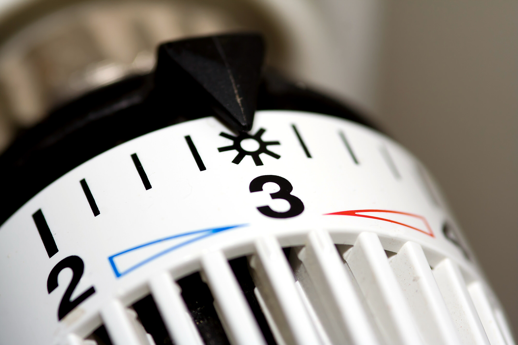 Heater thermostat at sun. summer time and winter temperature